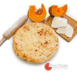 Осетинский пирог с тыквой и сыром